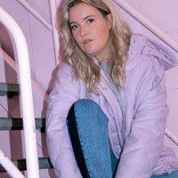 Sanne Poeze - Girl on Kicks