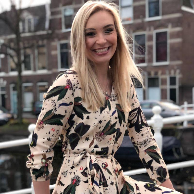 Laura van der Blij