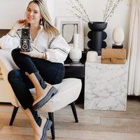 Liselotte Fleur - Fashion Photographer
